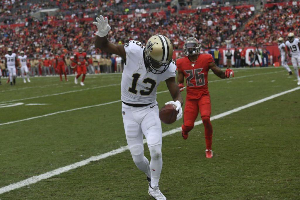 NFL Week 11 Thomas